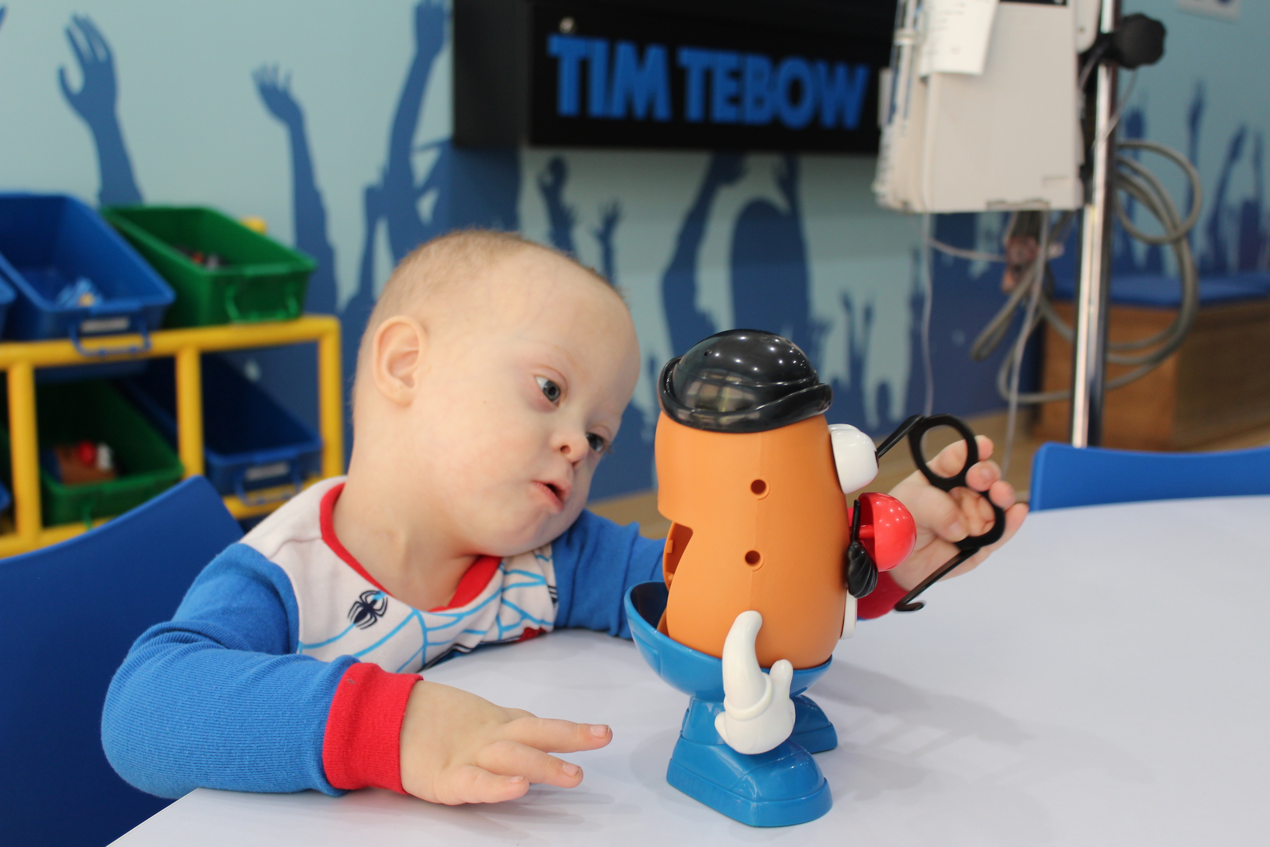 Wyatt_playing_in_the_Covenant_Childlings_Hospital_Timmys_Playroom.JPG